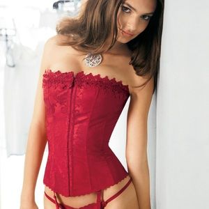 Hollywood Dream Fredericks of Hollywood Red Corset